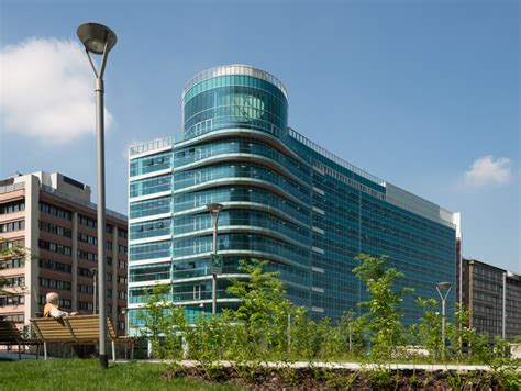 axa assicurazioni sede nuova sede per uffici a goring straja architects