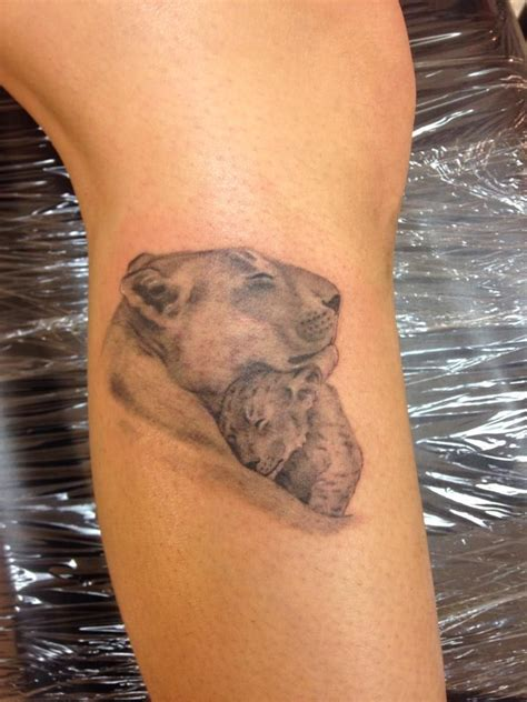 lioness tattoo design best 25 and lioness ideas on