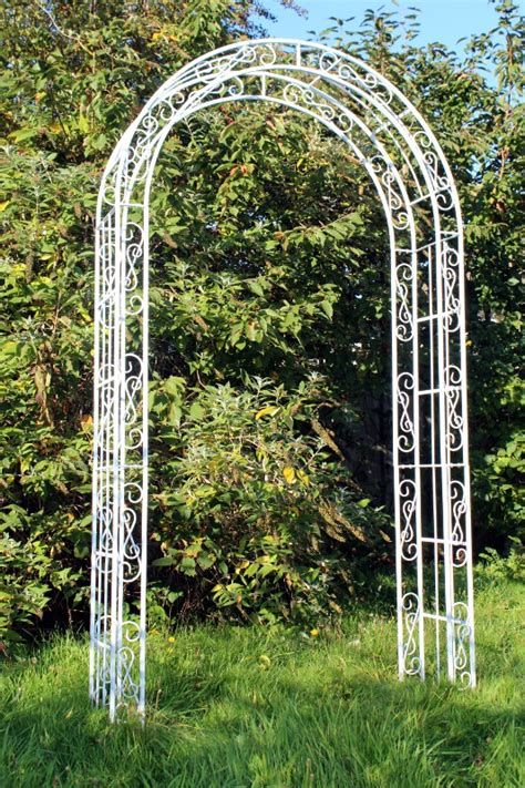 Wedding Arch Hire Uk by Decorative Arch For Hire For Hertfordshire Weddings