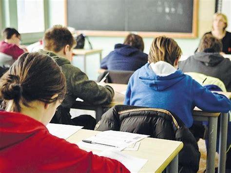 test ingresso liceo linguistico manzoni cos 236 nei licei milanesi corriere it