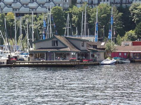 sleepless in seattle houseboat 17 best images about my home state wa
