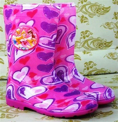 Sepatu Boot Anak Pita Fanta sepatu boot anak karakter toko bunda