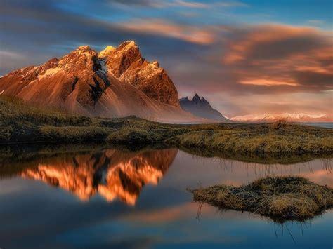 reflection  water stokksnes vestrahorn mountain  east