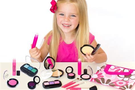 Make Up Kid Wardah the best makeup for