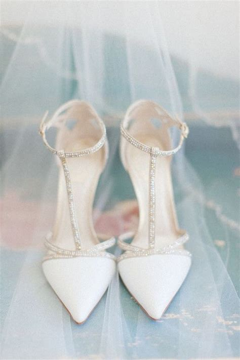 Ivory And Silver Wedding Shoes by 20 The Most Gorgeous Wedding Shoes You Ll