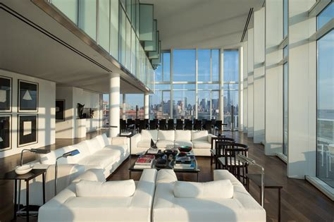 manhatten appartments luxurious apartment overlooking the hudson river in manhattan
