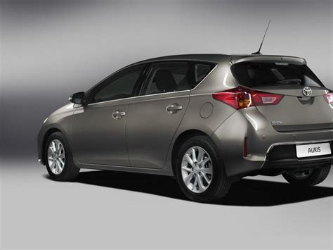 Toyota Auris Size Toyota Auris 12 High Quality Toyota Auris Pictures On