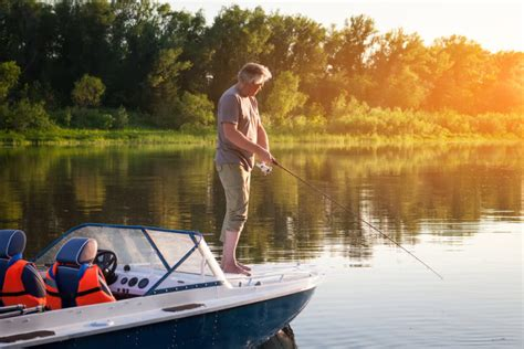 deck boat with trolling motor how to choose a deck boat trolling motor plus 3 solid