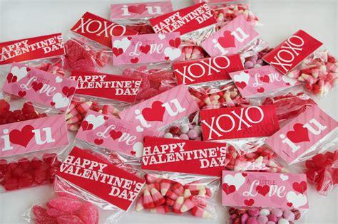 valentine bag toppers printable valentines day bag toppers valentine s bag toppers designerblogs com