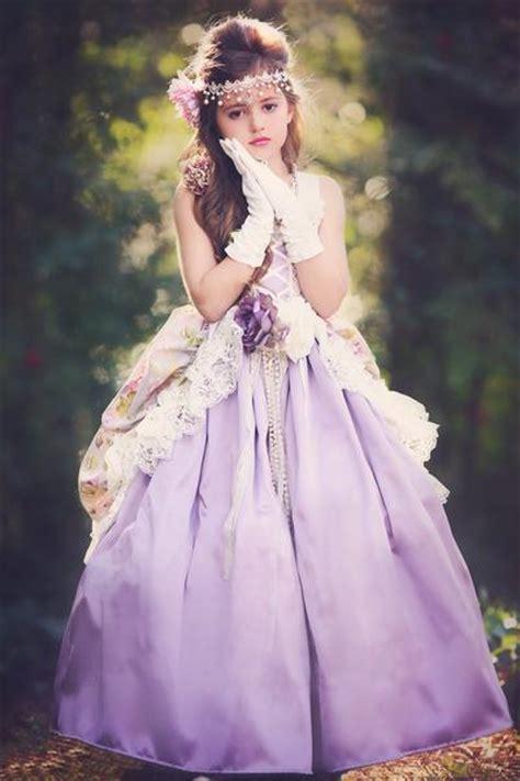 springtime  paris girls victorian style dresses