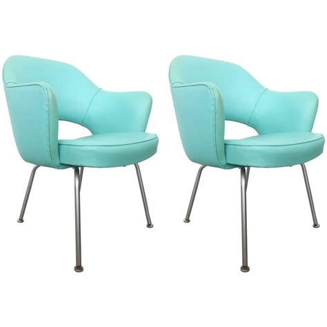 Vintage Knoll Chairs by Pair Of Vintage Eero Saarinen Executive Chairs By Knoll At