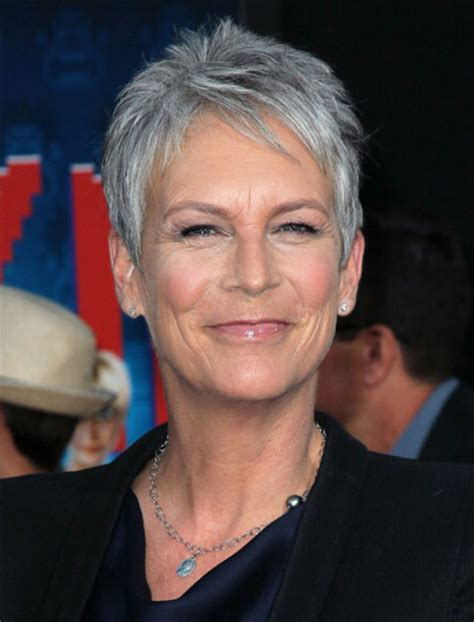jaime lee curtis cabello platinado haircuts that take off 10 years beauty purewow