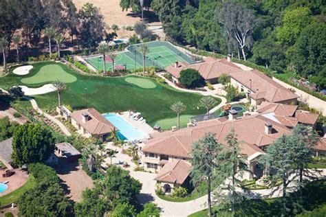 backyard golf course prolawn turf putting greens prolawn turf