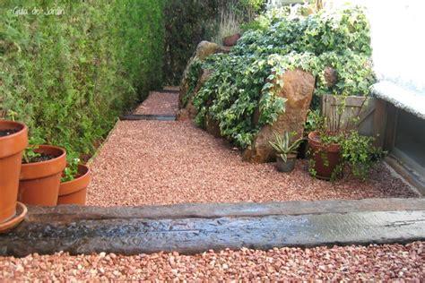 jardines con gravilla instalar grava paso a paso guia de jardin