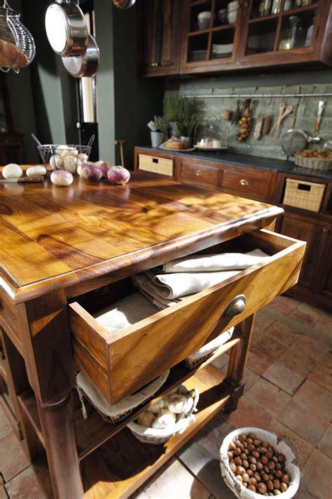 maison du monde cucina lub 233 la bellezza legno nella cucina classica