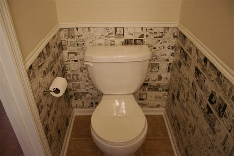 decoupage bathroom recycle daily calendars to wallpaper a small space chica