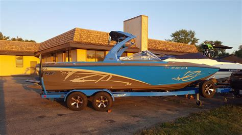 centurion boats reviews 2012 centurion boat model reviews and specs