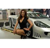Los Angeles Auto Show Car Girls  Tuning