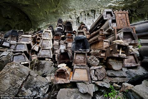 Wooden House Plans by Anshun Caves The Hundreds Of Thousands Of Wooden Coffins