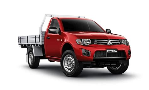mitsubishi triton 2013 2013 mitsubishi triton price cuts more features for