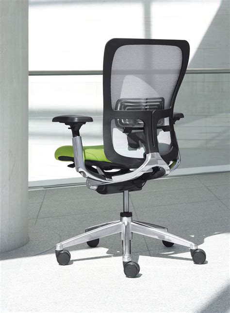 Haworth Zody Recyclable Aeron Contender by Zody Management Chairs From Haworth Architonic