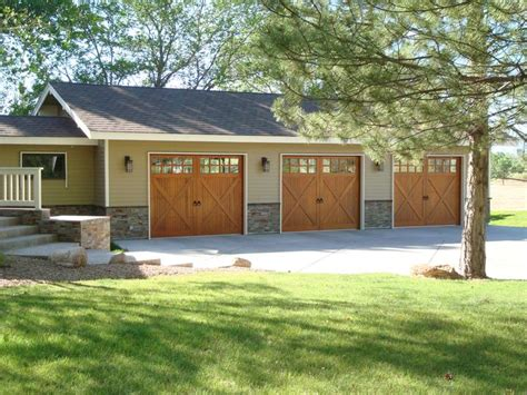 Raynor Overhead Door Raynor Arborshore Garage Door Raynor Distinctions Series Pinterest Garage Doors Doors And