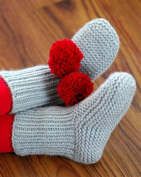 free pattern slippers knit free knitting knitting patterns and slippers on pinterest