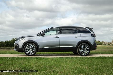 peugeot suv cars peugeot 5008 suv review carwitter