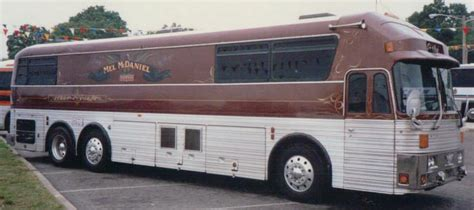 prevost for sale on pinterest luxury rv coaches for old bus photos bus for sale bus sales prevost buses stars
