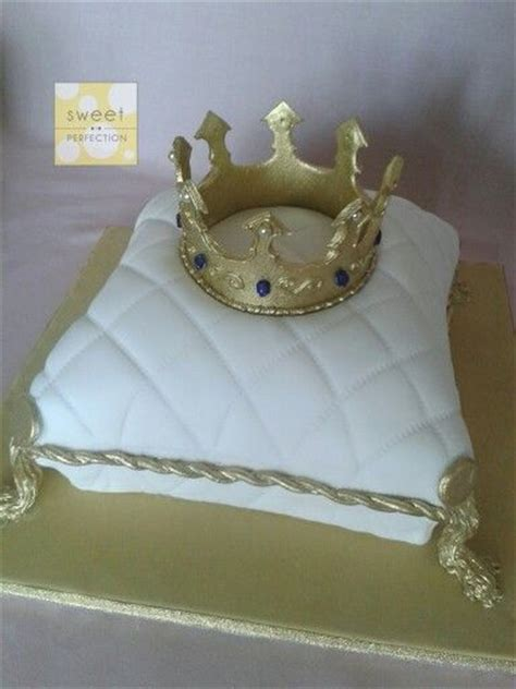 Crown On Pillow Cake by 17 Best Images About Pillow Cake With Crown On