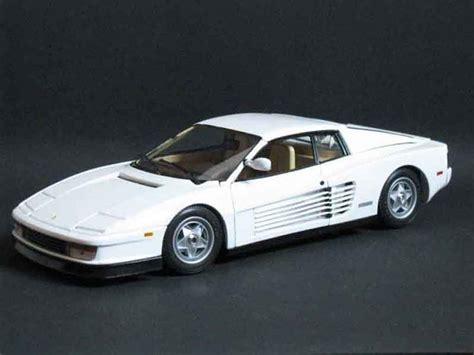 Miami Vice Auto by Testarossa Miami Vice Bianco Burago Modellini Auto
