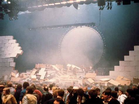 comfortably numb live 1980 pink floyd the wall 1980 comfortably numb live earls