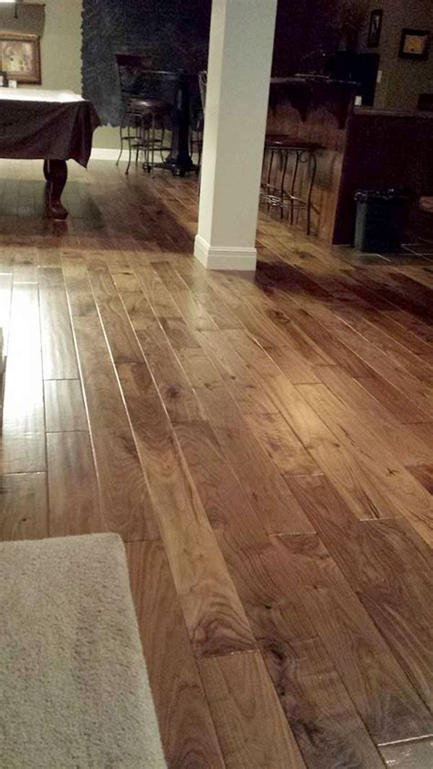 Engineered Hardwood Installation Best 25 Engineered Hardwood Flooring Ideas On Engineered Hardwood Engineered Wood