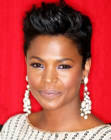 8 astounding short natural hairstyles for black women with