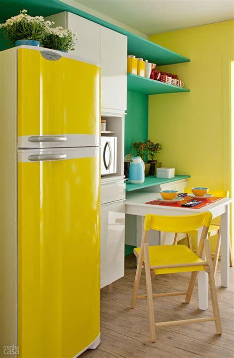 cozinha azul verde  amarela decoracao  clima da copa