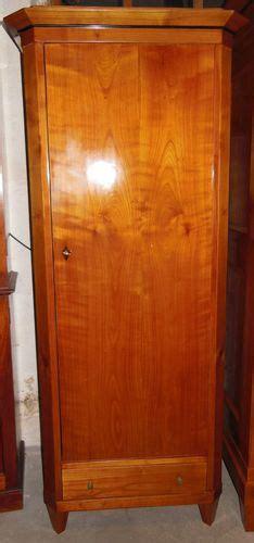 Schmaler Kleiner Schrank by Schr 228 Nke Antik M 246 Bel Antiquit 228 Ten Alling Bei M 252 Nchen