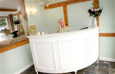 French Style Shabby Chic L Shape Reception Desk Retail Shabby Chic Reception Desk