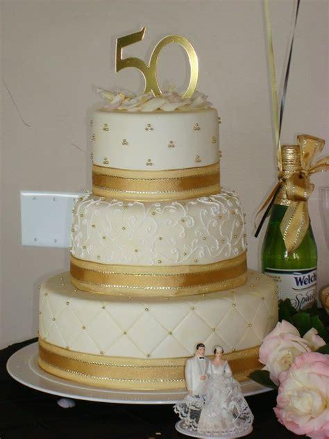 outstanding 50th anniversary cakes   50th Anniversary Cake