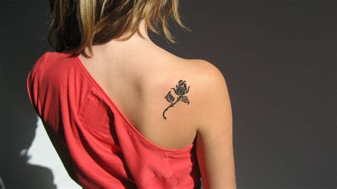shoulder blade tattoos female 30 small tattoos for small ideas