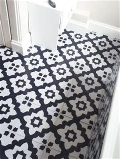 black and white bathroom vinyl flooring 1000 images about bathroom on pinterest tile floors