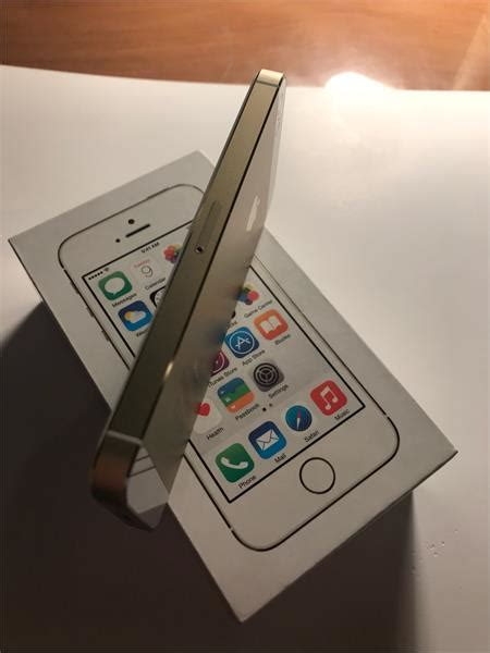 apple iphone se gb gwiezdna szarosc ceny  opinie na ceneopl