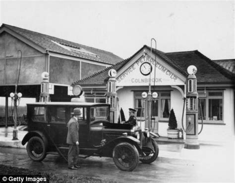 the golden days of motoring: how filling up your car used