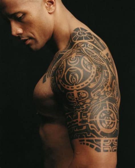tatuagem masculina no bra 199 o fotos