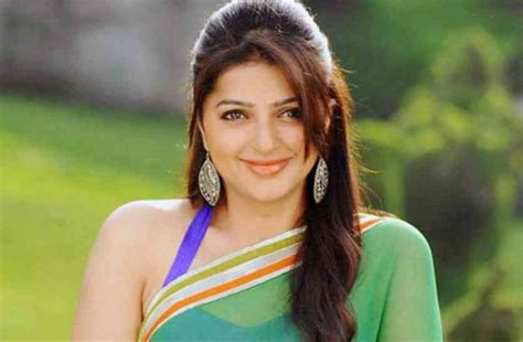 bollywood actress ki birthday happy birthday bhumika chawla bollywood news in hindi