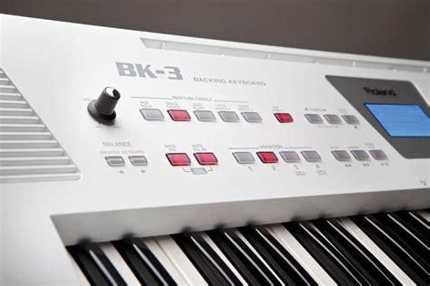 roland backing keyboard arranger black long mcquade musical instruments