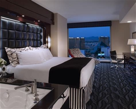 1 bedroom suites in las vegas elara las vegas 2 bedroom suite bedroom 1