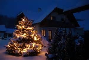 weihnachtsbeleuchtung haus weihnachtsbeleuchtung f 252 r haus und garten haus und