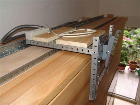 kleiderschrank fernseher sch 246 n fernseher im kleiderschrank bilder die k 252 chenideen