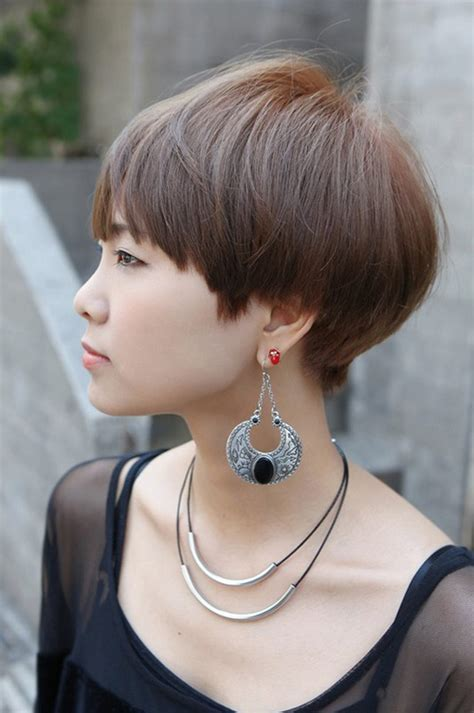 hot to cut pixie cut over the ear 23 cute short hairstyles with bangs styles weekly