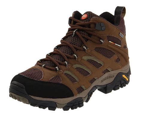 top 10 must hiking gear for beginners